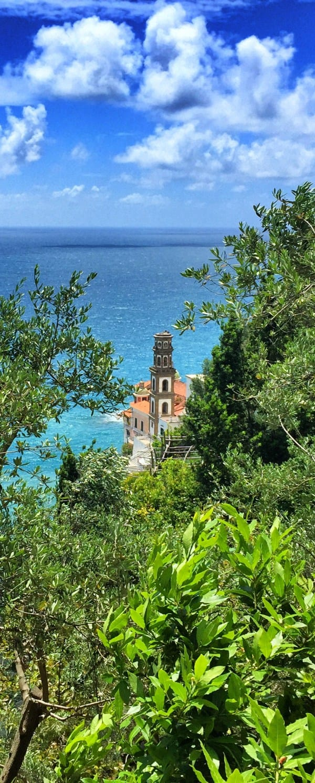 Amalfiküste Wanderweg Tagesetappe 3 Blick auf den Kirchturm von Atrani