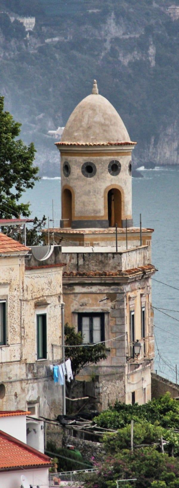 Amalfiküsten Wandern Pittoreske Türmchen allerorten